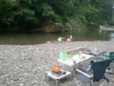 川も秋っぽくなりました