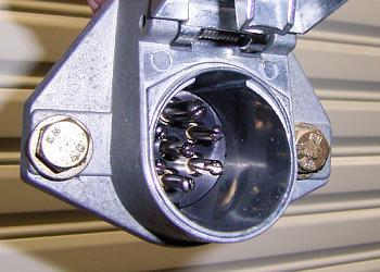 7ピンの電極カプラー