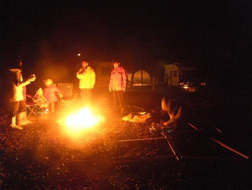 春の焚き火